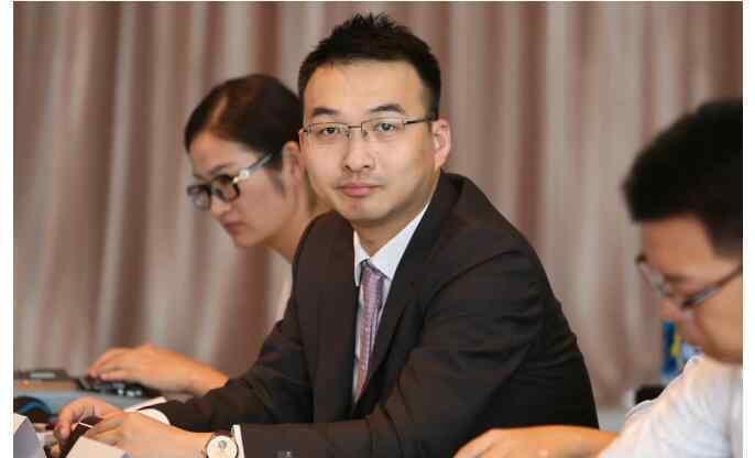 高富 高富业务总裁曹克斌离职加入美信金融