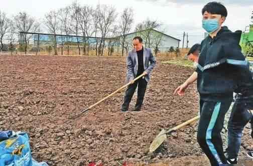 刘晓晨 带领企业和农户闯难关丨创业者刘晓晨