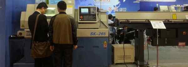 数控送料 数控走心机是用什么送料的?