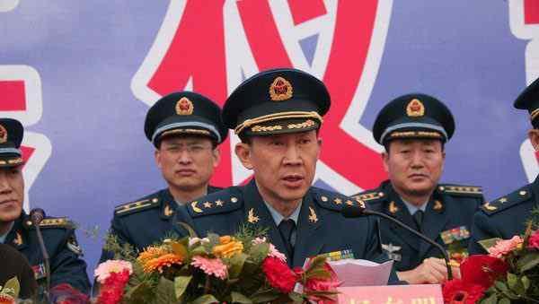 秦畹江 原创   两个上将是亲家 子女中出三中将两少将 算上父母七个小家各出一名将军