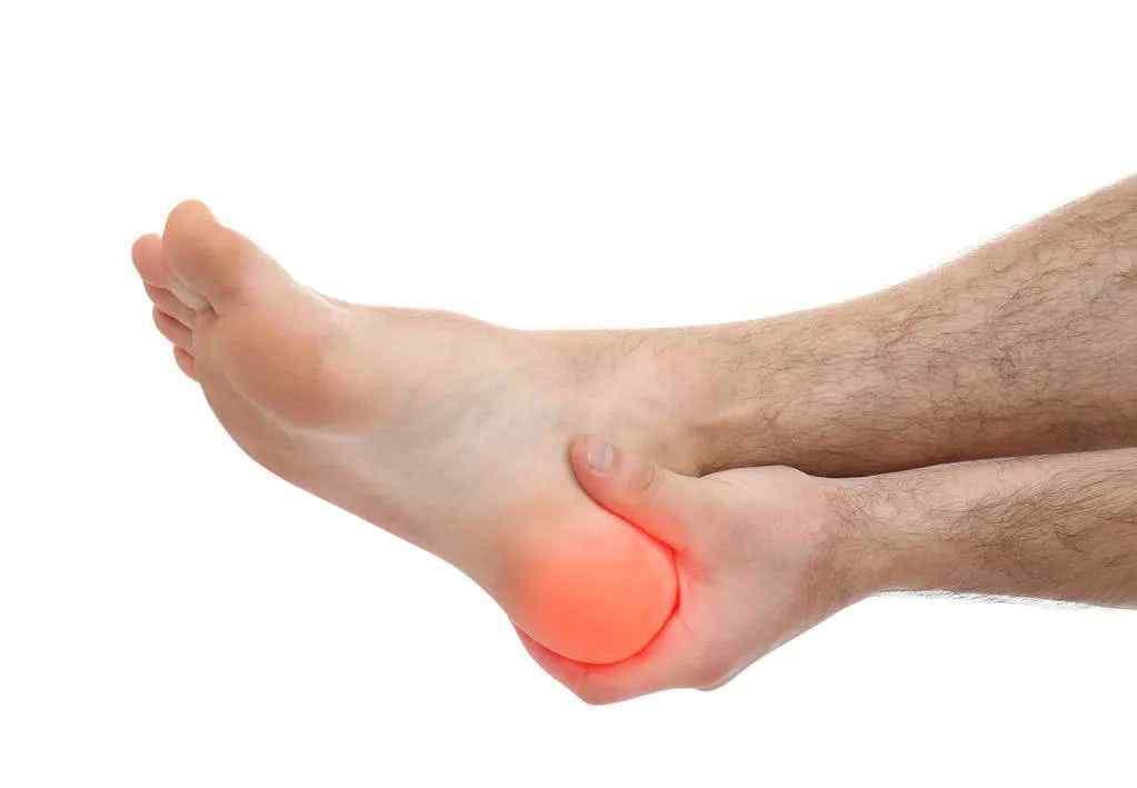 右脚跟疼痛是什么原因 原创   脚后跟总是疼痛 这是什么原因导致的 你知道吗