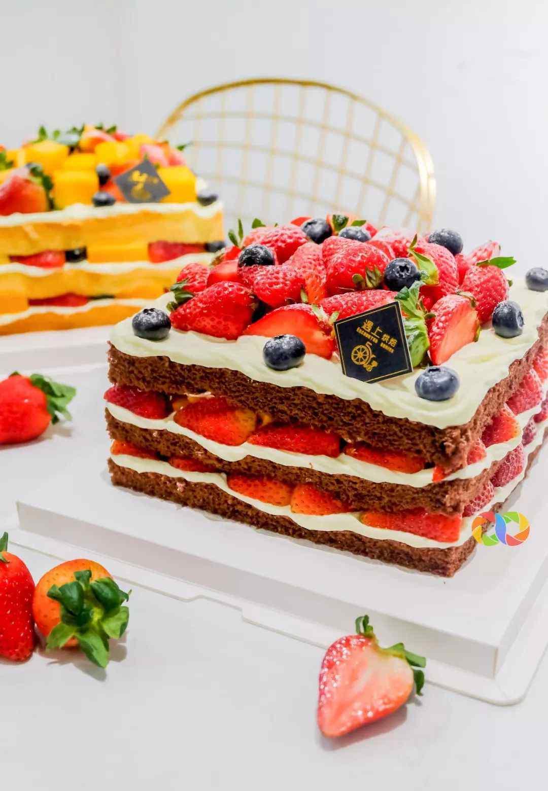 """珠海蛋糕diy 刷新水果蛋糕新纪录 珠海这家手作蛋糕 款款都是""""水果炸弹"""""""